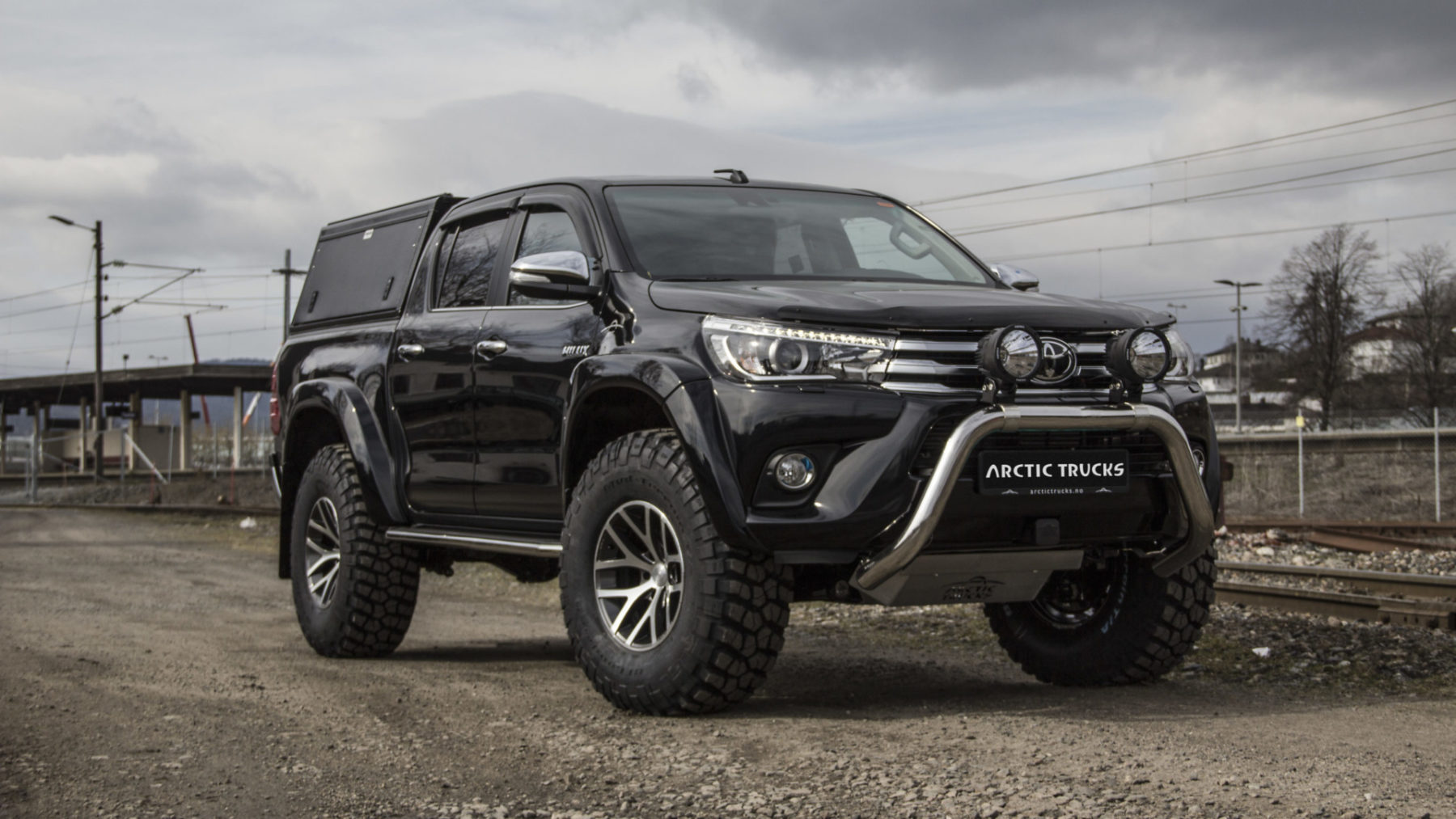 Toyota Hilux AT37 Alu-Cab Edition